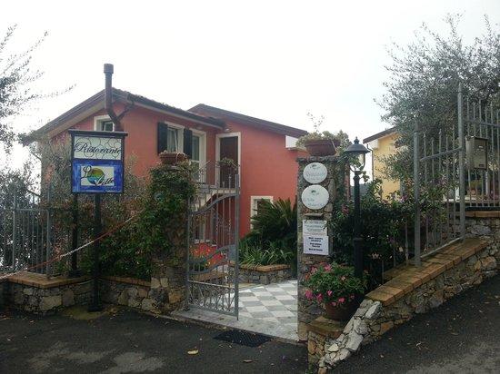 Le Ville Relais: Entrada do hotel
