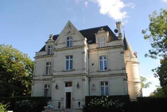 Domaine de la Tortiniere : The Chateaux