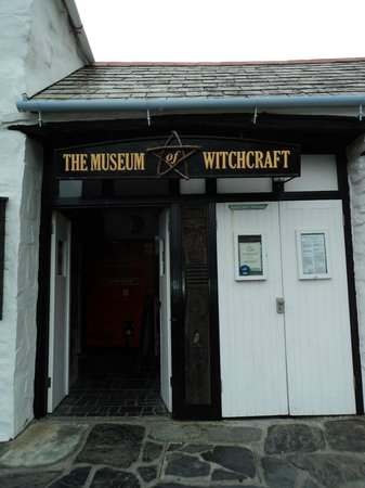 The Museum of Witchcraft and Magic: Entrance