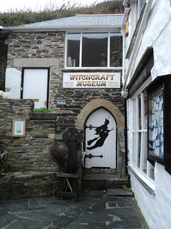 The Museum of Witchcraft and Magic: Exterior