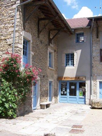 Plaque d 39 entr e picture of maison de la pierre et du for Maison la pierre