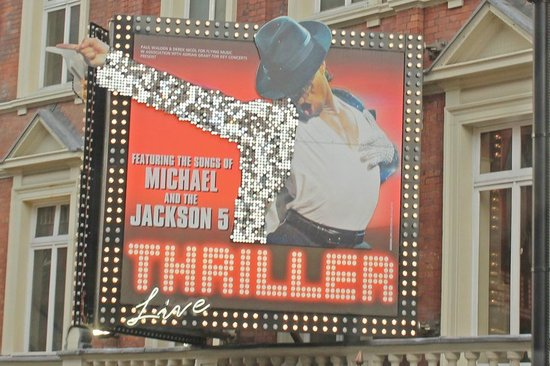 West End Theatre District : Thriller Live - Awesome dancing to some of Michael Jackson's greatest hits!
