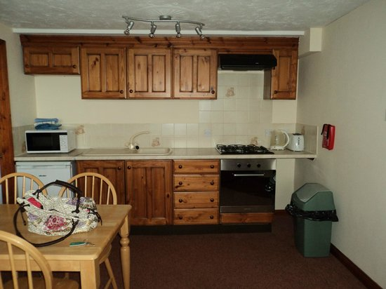 Poldark Inn : Kitchen Area