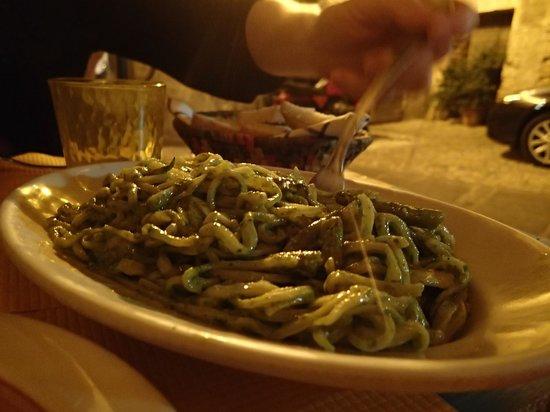 Osteria del Matto: Best Pesto Genovese ever!!!