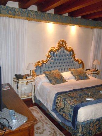 Hotel Al Duca di Venezia: la chambre bleue