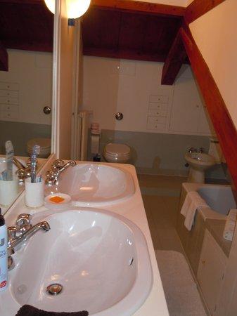 Hotel Al Duca di Venezia: salle de bains