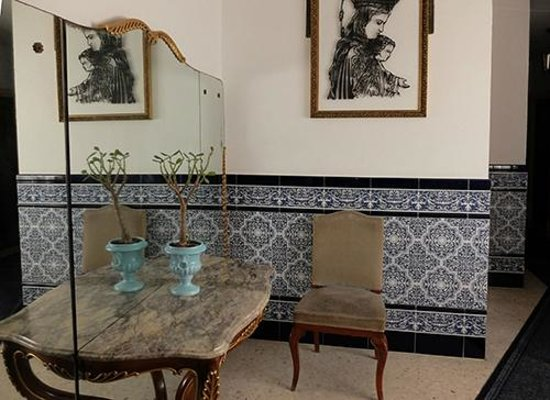 Hotel San Andres II: Beautiful tile work everywhere