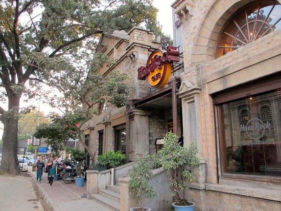 Hook up Cafe Bangalore