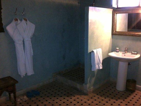 Ryad Alya : Stanza da bagno della camera Tanger