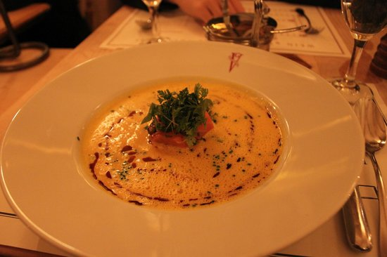 Geisel's Vinothek: Starter: pumpkin soup - creamy and good texture, a bit too salty