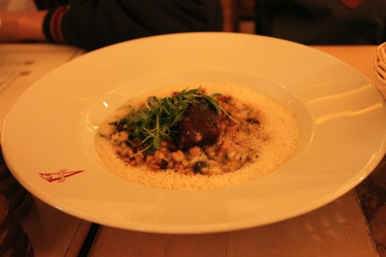 Geisel's Vinothek: Main: beef risotto - on the salty side. Too salty that I have to switch with my brother's Arrabi