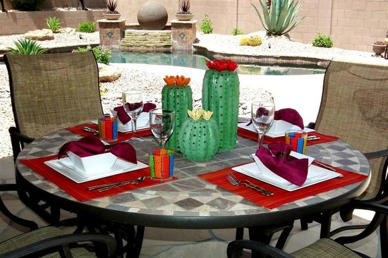 AZ Lagoon del Sol : Outdoor Dining