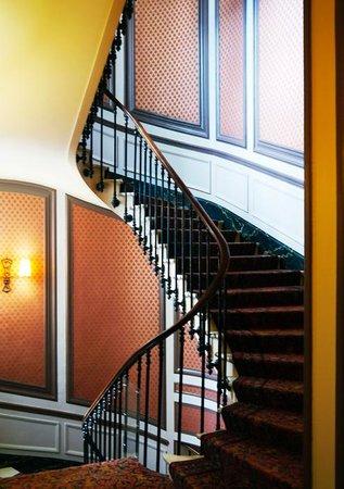 Hotel du Louvre : Bygone Parisien charm