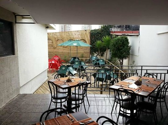 terraza picture of el patio de bello gastropub vina del mar tripadvisor. Black Bedroom Furniture Sets. Home Design Ideas