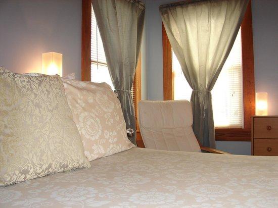 Beacon House Inn Bed & Breakfast: Beacon's 9