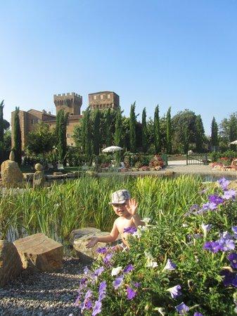 Agriturismi Il Castello La Grancia : giardinetto