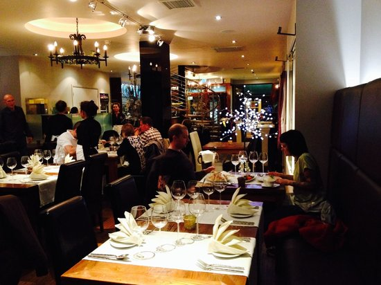 Carabao Thai Restaurant and Steak House: Nice place for dinner!!