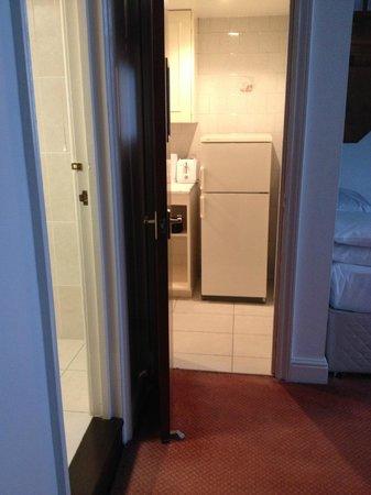 Belsize Park Apartments: The kitchen
