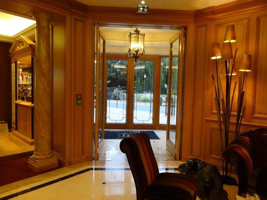 Villa Lara Hotel: Entrance