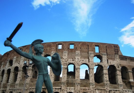 Rudy's Touring Service - Driving & Walking Tours: Gladiator at the colleseum