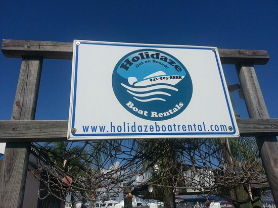 ‪Holidaze Boat Rental‬