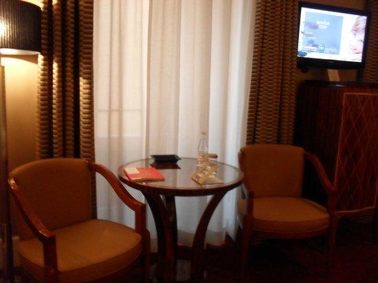 Grand Hotel Via Veneto: комната