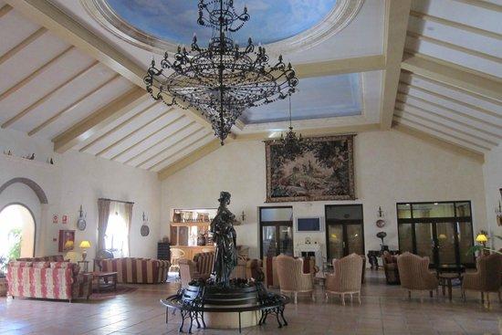 Gran Hotel Benahavis: Lobby