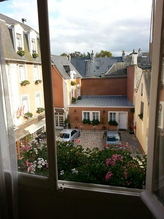 Le Lion d'Or : View from room 29