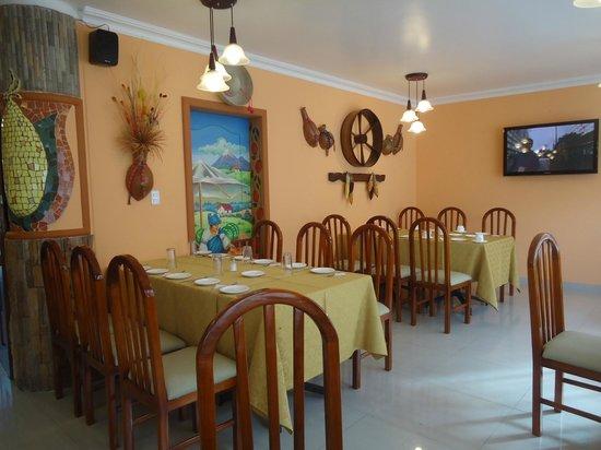 "Hotel El Indio Inn: "" la Tulpa "" restaurant   2 piso"