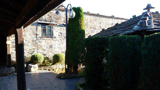 Hotel La Rectoral de Taramundi: Entrada al hotel