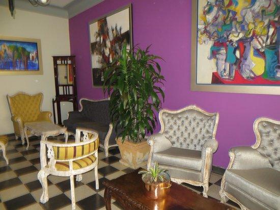Antigua Miraflores Hotel: Waiting area