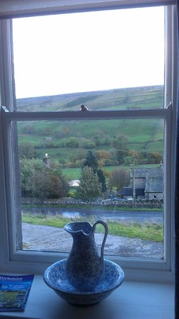 The Punch Bowl Inn : View from Room 5
