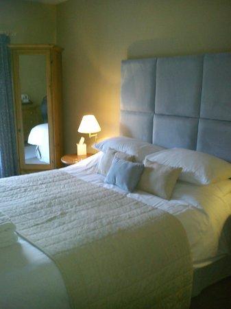 The Punch Bowl Inn: Room 5
