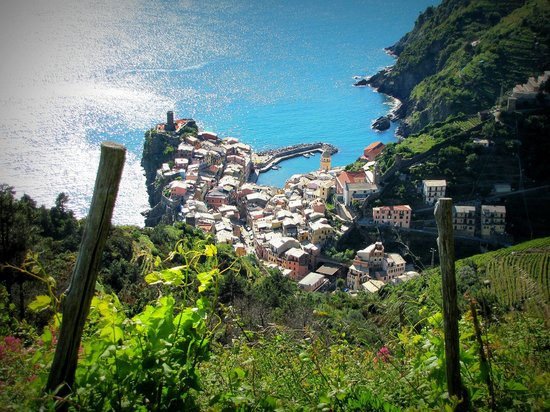 Locanda Valeria: another view from the trail just below valeria