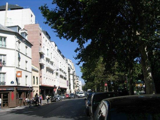 Citadines Bastille Marais Paris: Vista do boulevard Richard Lenoir
