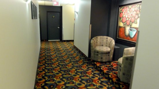 Best Western Plus Hotel Albert Rouyn-Noranda: Hallway on the second floor