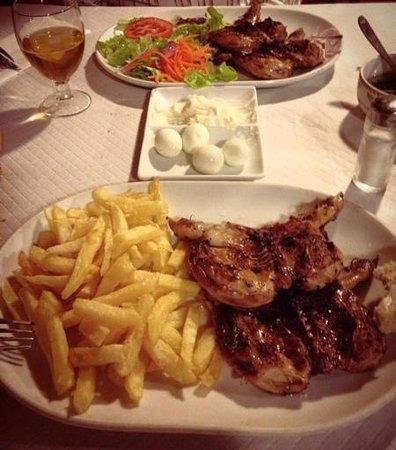 Son Bascos: Los platos, huevos de codorniz y cordornices