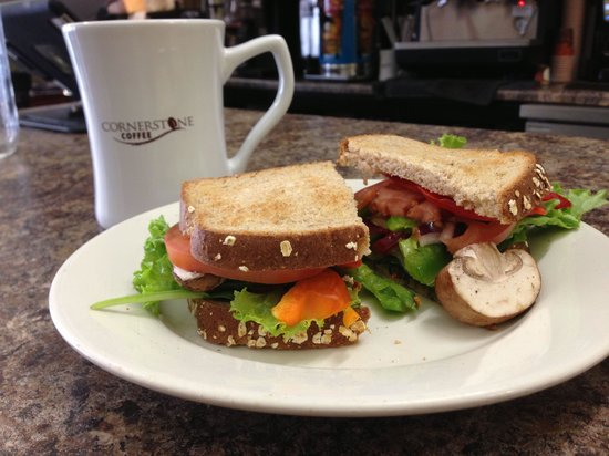Cornerstone Coffee: Vegan sandwich, fresh and very tasteful, can't wait until I can come back!