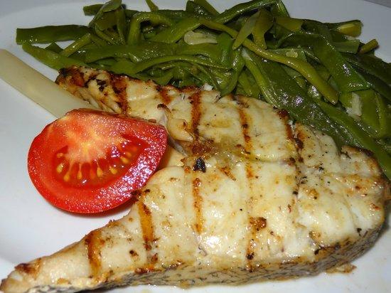 Restaurante O Infante: El buen mero grelhado.