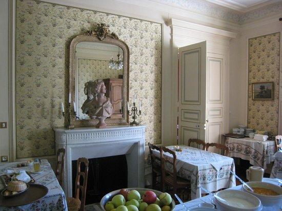 Hotel Château des Tertres : Salle petit déjeuner