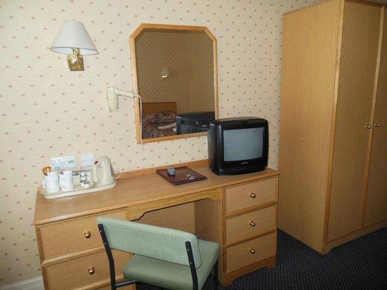 Hydro Hotel: 133