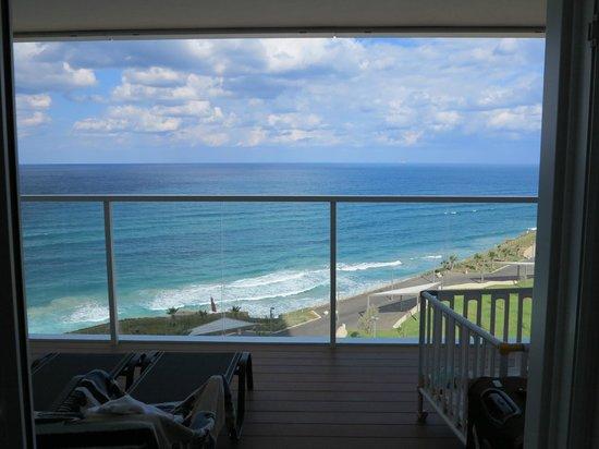 Island Suites Hotel: vue de la chambre
