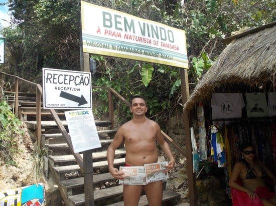 Praia de Tambaba: Na entrada da praia de nudismo.