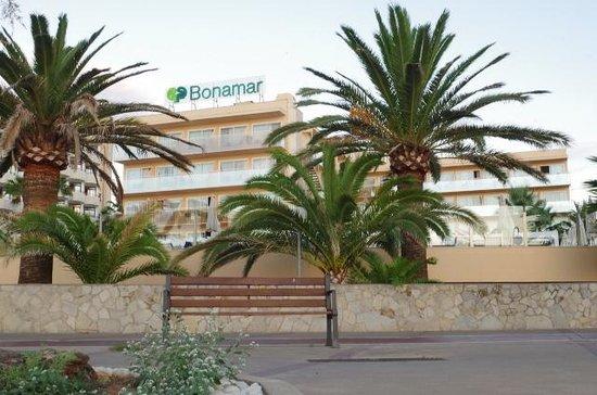 Protur Bonamar: Coast roadside view of hotel