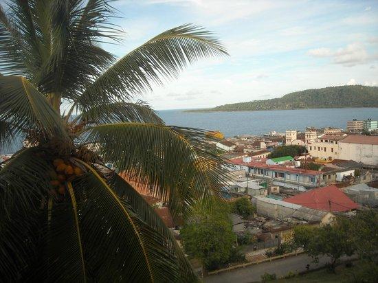 Hotel El Castillo: Esta fotografía está tomada desde la habitación, es una vista estupenda y para disfrutar
