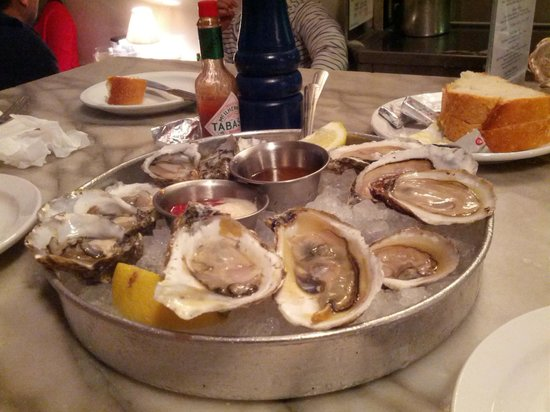 Anchor Oyster Bar & Seafood Market : OysterS!!!