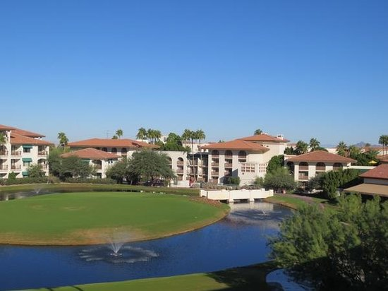 Arizona Grand Resort & Spa: view from top floor mountainside suites