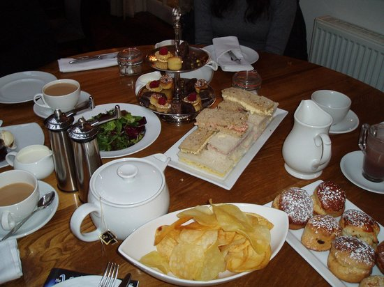 The George Hotel & Brasserie: Afternoon Tea