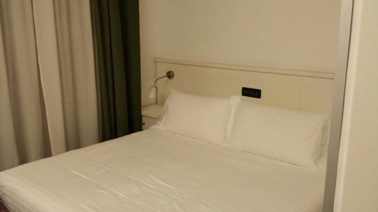 The Yellow Hotel: Double bed - literally two single beds joined together