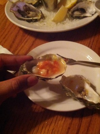 Olema Farm House: Tabasco horse radish oysters!